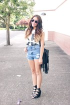 bag - chicnova shorts - chicnova t-shirt - Forever 21 wedges