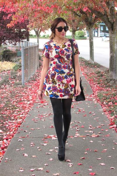 Choies necklace - cream Choies dress