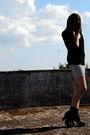 Black-guess-t-shirt-asos-skirt-black-calzedonia-socks-black-sonia-rykiel-s