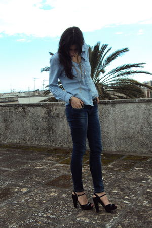 blue Zara shirt - Zara jeans - black Sonia Rykiel shoes - black Massimo Dutti be