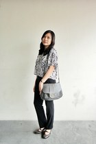 brown Hot Kiss heels - heather gray Fashion Code 101 bag - black Zara pants