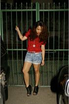light blue denim cut-off shopyapicom shorts - crimson studded Bangkok find belt