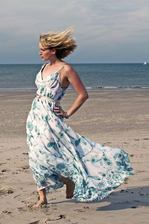 white floral maxi Hasselt dress
