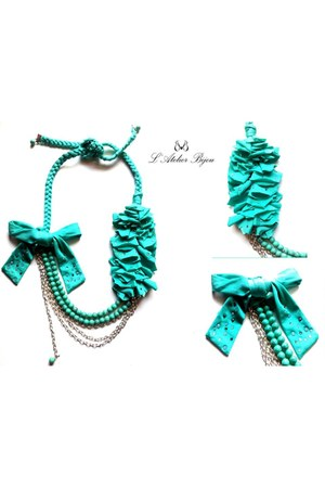 aquamarine LAtelier Bijou necklace
