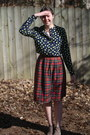 Tan-ankle-boots-dsw-boots-navy-polka-dots-gap-shirt