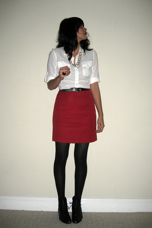 red pencil thrifted skirt - black lace up booties thrifted shoes