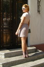Light-pink-cori-skirt-dark-green-purse-olive-green-socks-white-sunglasses