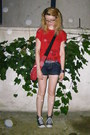 Red-emily-the-strange-bag-black-denim-stradivarius-shorts