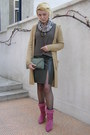 Black-fishnet-calzedonia-tights-off-white-floral-terranova-scarf