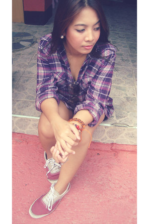 maroon Vans sneakers - purple checkered Forever21 blouse