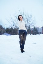black Deichmann boots - off white H&M sweater - navy Zara pants