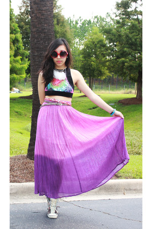amethyst skirt - red circle glasses sunglasses - black Motel Rocks top
