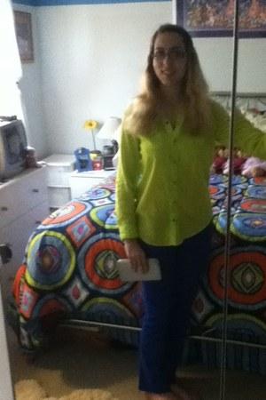 green Arizona shirt - blue colored jeans Delias jeans