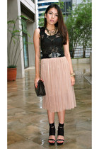 tan tulle Apostrophe skirt - black lace tripp top