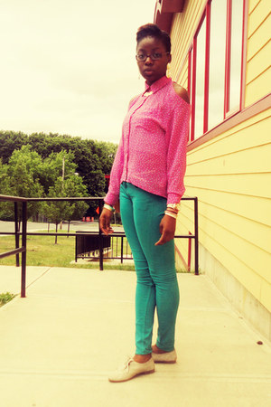 turquoise blue H&amp;M pants - bubble gum polka dot Forever 21 blouse