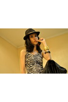 accessories - hat - jacket - zebra print blouse