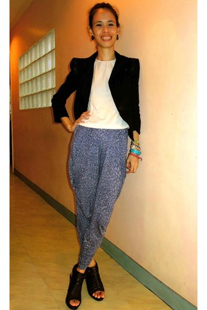 harlem printed pants - blazer - black leather SoFab heels