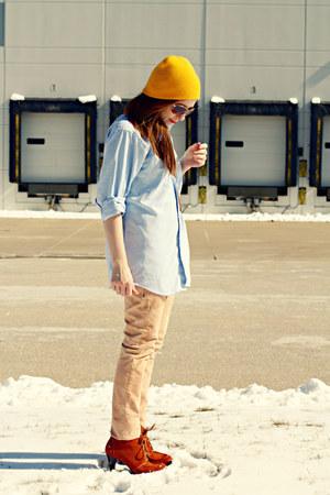 hat - jeans - shirt