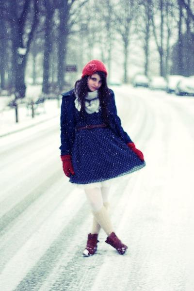 scalloped coat - vintage boots - polka dot miss patina dress - asos tights