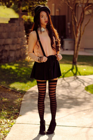 sequin collar Club Couture blouse - Claires tights