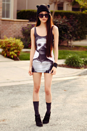 nylon printed dreamachine dress - cat ear beanie H&amp;M hat - xo grip Soxxy socks