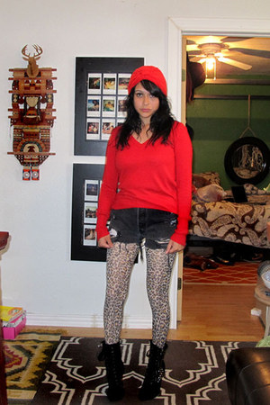 black studded charles albert boots - red turban thrifted hat - red v neck Target