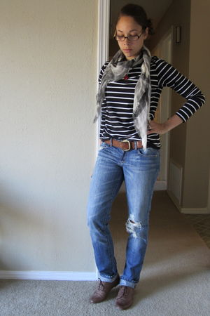 blue abercrombie and fitch jeans - black Forever 21 shirt - brown Steve Madden s