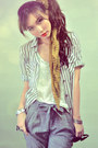 White-shirt-mustard-scarf-heather-gray-pants-silver-blouse