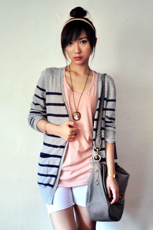 light pink cotton on top - navy Gmarket Korea cardigan - silver Gmarket Korea ca