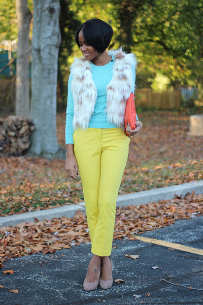 aquamarine Gap sweater - yellow H&amp;M pants