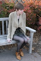 tawny Vintage White Mountain shoes - tan studded Forever 21 jacket - dark gray S