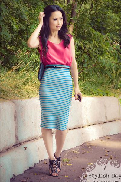 Striped Pencil skirt