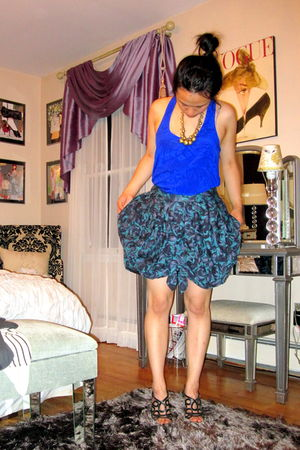 blue Forever21 top - purple Vivienne Tam skirt - black Prada shoes