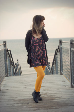 yellow We Love Colors tights - gray Forever 21 boots - gray Urban Outfitters dre