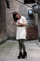 ivory Shop Ruche dress - army green American Apparel tights - black Jeffrey Camp