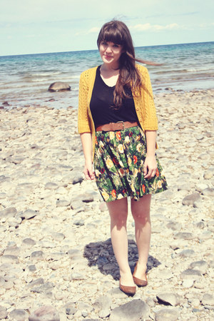 green modcloth skirt - mustard AGAR cardigan - black modcloth top