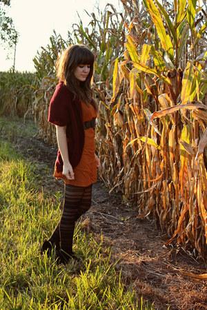 black modcloth tights - burnt orange swapped dress - black Dolce Vita wedges