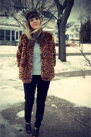 brown H&M coat - gray Gap shirt - black Forever 21 jeans - black Target shoes -