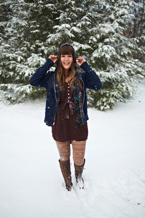 light brown Forever 21 tights - light brown Urban Outfitters boots
