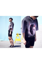 black skinny Zara shorts - clutch Alexander Wang bag - neoprene Juun J t-shirt