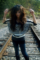 gray Charlotte Russe sweater - black Charlotte Russe boots - blue Wet Seal leggi