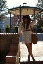 cream H&M dress - crimson Forever 21 hat - tawny Marc by Marc Jacobs bag - dark