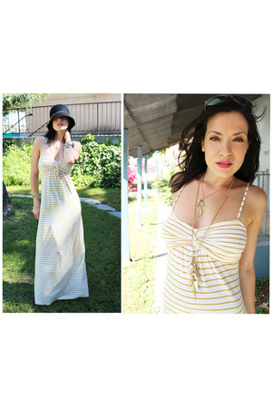 beige striped maxi f21 dress - black f21 hat - f21 necklace