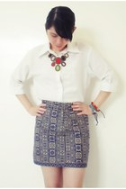 colorful necklace - tribal skirt - white polo top