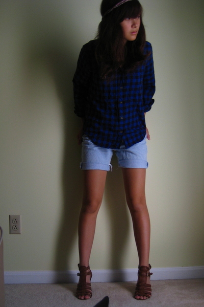 thrifted shirt - Thrifted Levis shorts - Nine West shoes - Love Girls Market Jap