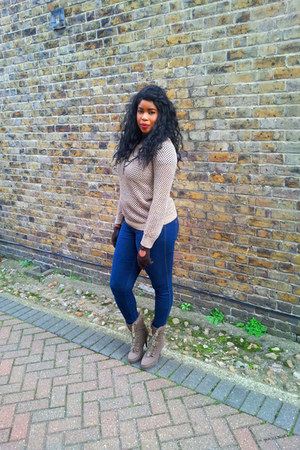 Missguided jacket - Fiore boots - Rocawear jeans - old jumper