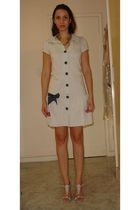beige Teresopolis dress - beige Sapatela shoes - black c&a accessories