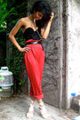 Black-la-senza-shirt-black-jones-new-york-belt-red-vintage-pants-beige-nin