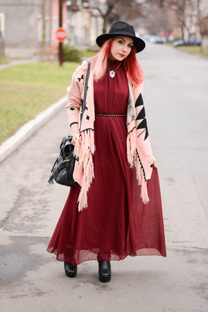 Rosewholesale necklace - Mart of China boots - romwe dress - Choies hat