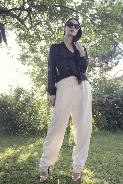 white vintage pants - black Zara shoes - black Marc Jacobs sunglasses